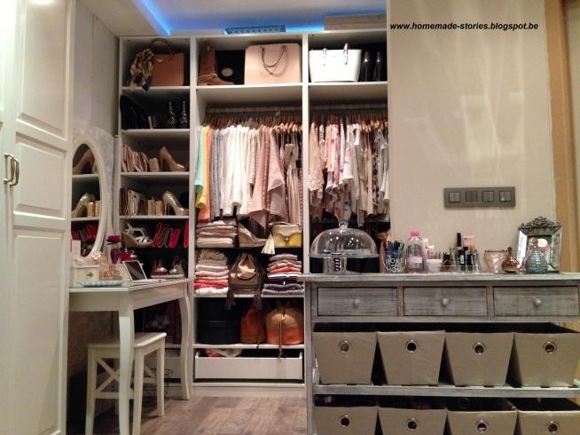 Zapraszam was na nowy post o garderobie u mnie na blogu:  homemade-stories.blogspot.be
