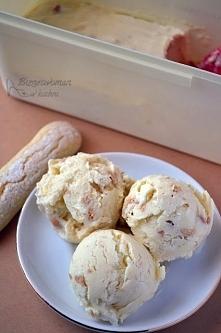 Przepis na pyszne domowe lody biszkoptowe ze składników, które na pewno znajdziesz w kuchni :)  Przepis po kliknięciu na zdjęcie :)