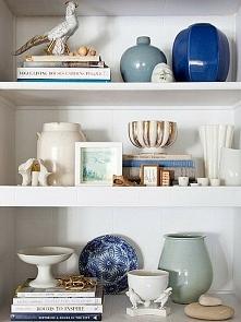 Regał - klasyczny mebel. Zobacz co zrobić by stał się ozdobą w Twoim  domu.