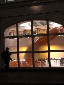 Biurowiec w Londynie ze zjeżdżalnią pomiędzy piętrami :)