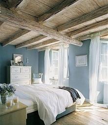 Delikatna sypialnia, lekka, jasna  i bardzo przejrzysta niebieska sypialnia -...