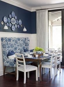 Jadalnia jak za dawnych lat - niebieska jadalnia, kolor niebieski w jadalni -...