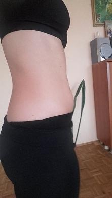 Dziewczyny pomóżcie! Schudłam narazie 5kg. Od ponad miesiąca zdrowo się odżywiam i ćwiczę Ekstra-Figurę z Chodakowską. Ale mam dwa problemy! Pierwszy to moja mini-oponka na brzu...