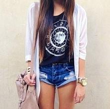 Na co dzień, luźna stylizacja idealna na cieplejsze dni :) Bluzka świetna!