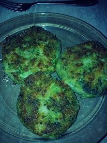 Klopsy, brokuł