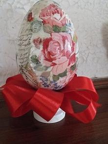 Jajko na stojaczku decoupag...