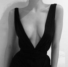 Ubrałybyście? zbyt odważnie a może po prostu pięknie i kobieco? :D