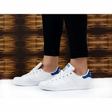 SNEAKERSY ADIDAS STAN SMITH...