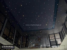 Sufit napinany nad basenem, sufit basen, oświetlenie basenowe, oświetlenie basenu led, lampy do basenu, sufit do basenu, sufit podwieszany nad basen, sufit basen Kraków