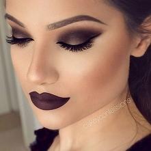 Piękny makijaż, a kolor na ...