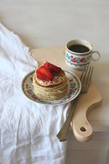 klik w zdjęcie po przepis - wegańskie pancakes (kokosowo-ryżowe)