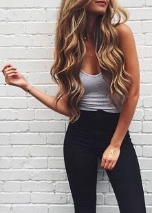 Bomba! Piękne długie włosy,...
