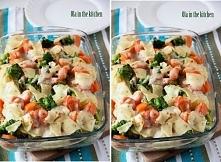 Składniki: 2 duże piersi z kurczaka, 800 g ziemniaków, 500 g brokułów, 5 średniej wielkości marchewki, 150 g sera topionego w plasterkach ze szczypiorkiem, 250 ml mleka, 2 łyżki...