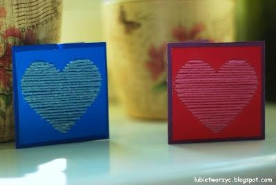 Śliczna karteczka z motywem wyszywanego serca