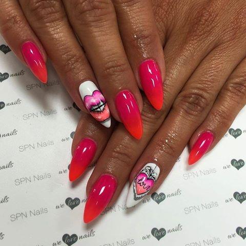 Buziak  Paznokcie wykonane lakierami hybrydowymi SPN Nails: 502,530,562.   Nails by Alesia, Salon Lejdis, SPN Nail Instructor
