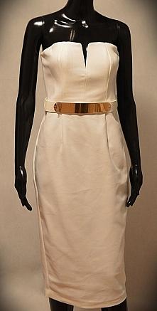 Idealnie podkreśla biust jak i całą sylwetkę Sukienka renomowanej marki ASOS - podoba Wam się ?  Rozmiar 38 50% taniej