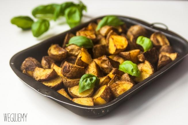 Karmelizowane pieczone ziemniaki w curry