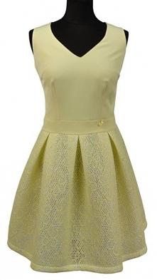 Mój drugi typ weselny: sukienka koktajlowa lub wieczorowa, zależy  od okazji ;) Uwielbiam taki zimny pastelowy odcień żółtego!