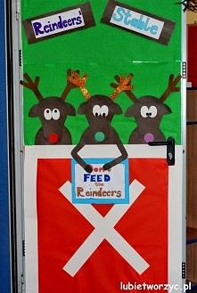 Renifery - zimowo - świąteczna dekoracja drzwi przedszkolnej szatni