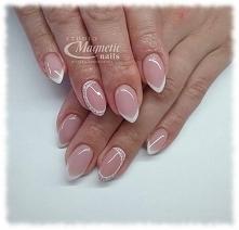 French z delikatnym zdobieniem   Nails by Monika, Studio Magnetic Nails, SPN ...