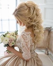 Suknia<3 włosy <3
