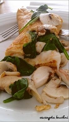 omlet na słono z pieczarkami i szpinakiem. Przepis > klik w zdjęcie ;)