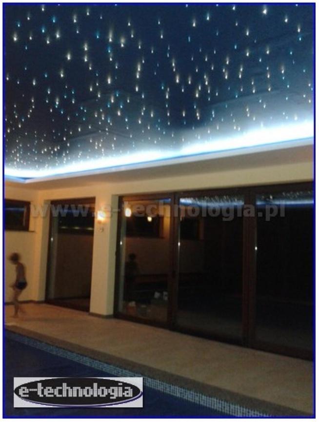 oświetlenie, oświetlenie LED, oświetlenie basenowe, oświetlenie LED basenu, gwieździste niebo, e-technologia, lampy basenowe, oświetlenie dekoracyjne, oświetlenie gwieździste niebo, dekoracje nad basenem, gwiezdne niebo, gwiezdne niebo nad basenem, dekoracje basenowe, nowoczesny basen  e-technologia.pl