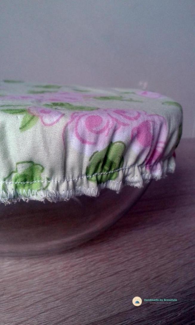 ekologiczna pokrywka na naczynia.  Zapraszam na bloga Brzostula.pl:)
