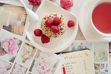 Zbożowo-jogurtowy deser bez pieczenia.  Przepis na ok. 6 porcji: - szklanka w...