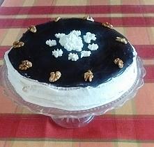 Tort naleśnikowy  Składniki na ciasto (6 naleśników): - 300g mąki - 4 łyżeczk...