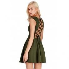 Modna rozkloszowana sukienk...