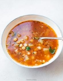 Smaczna zupa z ciecierzycy....