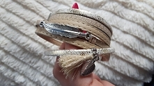 Sprzedam bransoletke NOWA  pięknie prezentuję sie na reku  wykonana ze skórki  do podkręcenia designu zostały dodane dodatki  dla ułatwienia zapinana na magnes cena 35