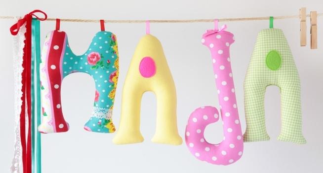 ...kolorowe literki imienne...super dekoracja do pokoju dziecka ;-)
