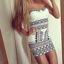 super sukienka i figura