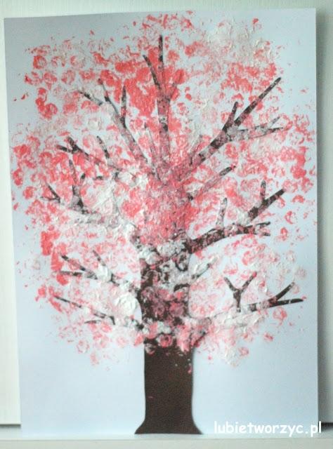 Kwitnąca Wiśnia Drzewo Malowane Farbami I Folią Bąbelkową