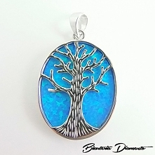 Srebrny wisiorek ozdobiony niebieskim opalem z drzewkiem szczęścia :o)  BizuteriaDiamento.pl KO323
