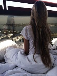 Cudownie długie włosy. Ktoś...