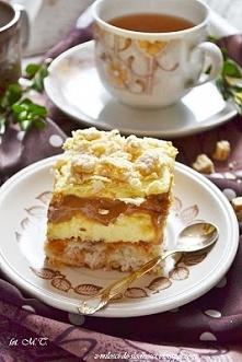 Ciasto Princessa z karmelem   foremka 23x33 cm  Biszkopt:      6 białek ,      200g wiórków kokosowych,      100g cukru,     szczypta soli,      50g płatków migdałowych,      3 ...