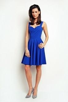Wieczorowa sukienka w kolor...
