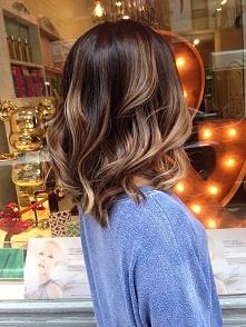 Najmodniejsze koloryzacje włosów na lato 2016. Galeria >>