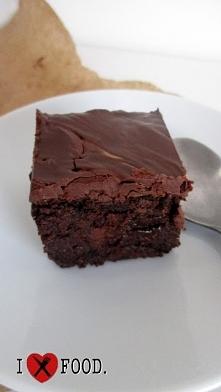Brownie- weganskie. Link do filmiku w komentarzu.