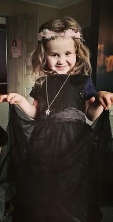 ksiezniczka czy czarownica ?:)