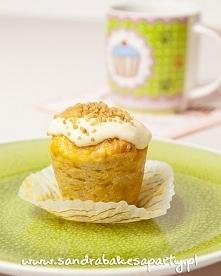 Morelowe muffiny z kuskusem