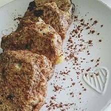 Placuszki z gruszką i czekoladą :) INSTAGRAM: paulinadietetyk FACEBOOK: Paulina Dietetyk