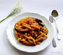 Szybki pomysł na obiad - Penne z warzywami i sosem