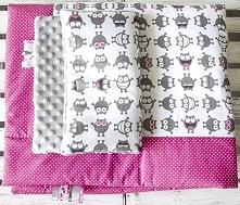 Posiadam do sprzedania nowy ręcznie szyty komplet kołderka z poduszką.Zestaw uszyty jest z tkanin bawełnianych i minky.Wymiary kołderka 87x100 cm poduszka 30x40 cm.Komplet jest ...