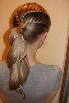 Słodka fryzura do szkoły, n...