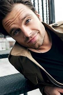 Sebastian Stan *.*
