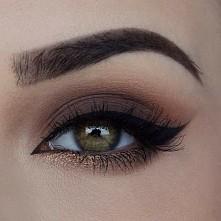Ładny i lekki makijaż oczu ...